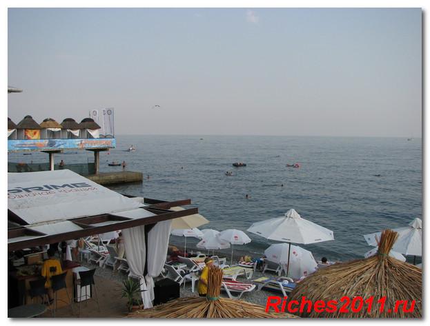 массандровский-пляж-в-ялте