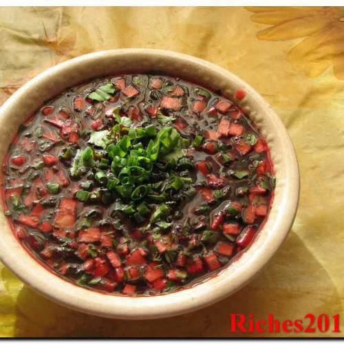 Рецепт холодного супа «Чриантели» из вишни.