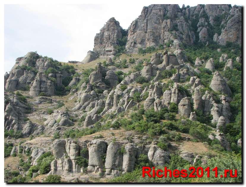 Долина Привидений на горе Демерджи.