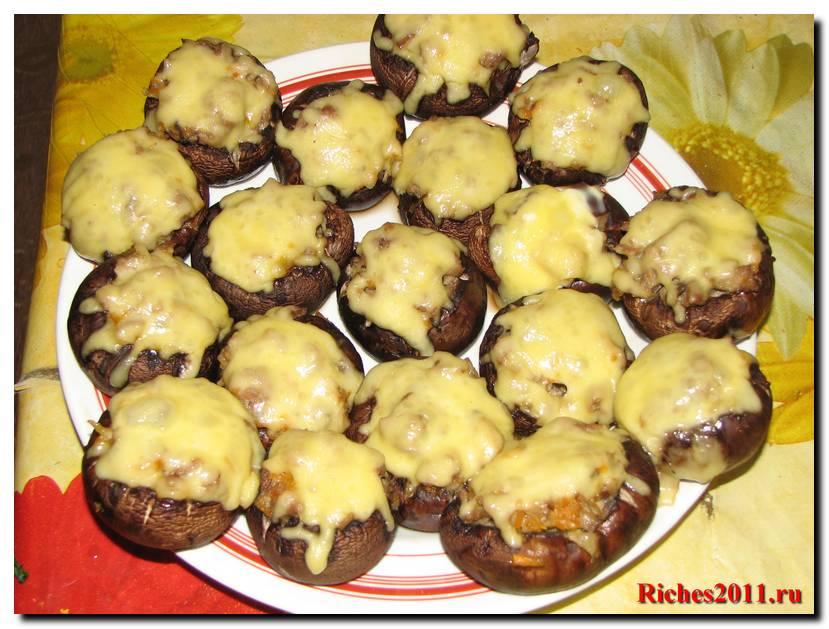 Блюдо из грибов шампиньонов — «Грибные колобки».