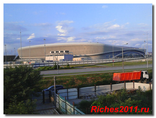 sochi-adler-olimpiyskaya-derevnya